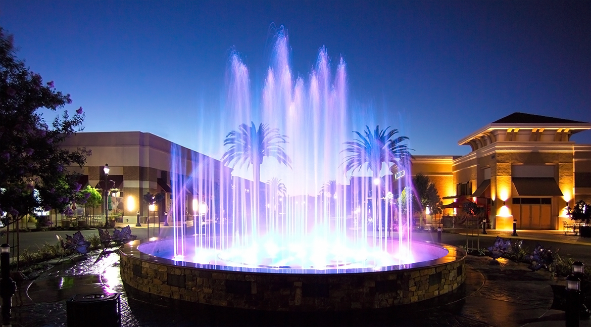 Fountains at Roseville-Main Event